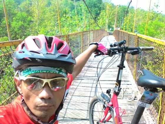 Jembatan gantung pathuk