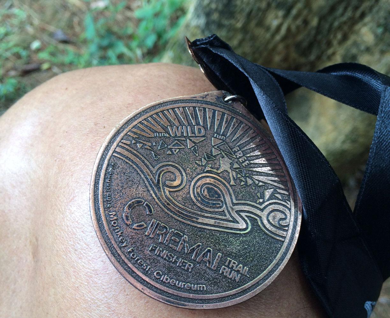 Medali penamat Ciremai Trail Run